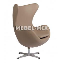 Кресло Egg из кожи, бежевое