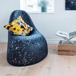 Кресло из базальта SELF Chair