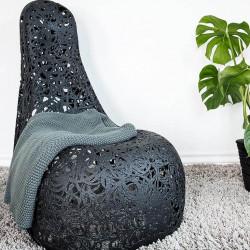 Кресло из базальта WELL Chair